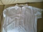Bela nova pamučna košulja