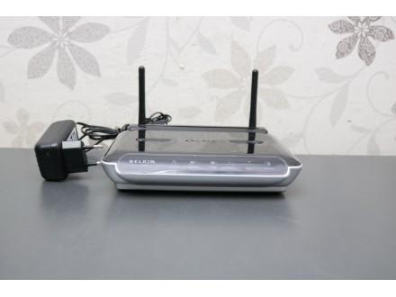 Belkin F5D8233 Wireless N Router