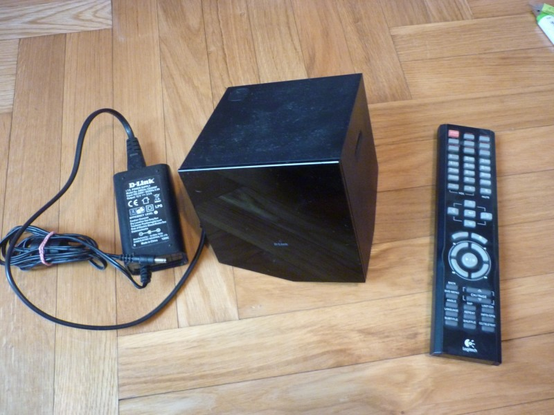 Bežični HD media player Boxee Box (D-Link DSM-380)