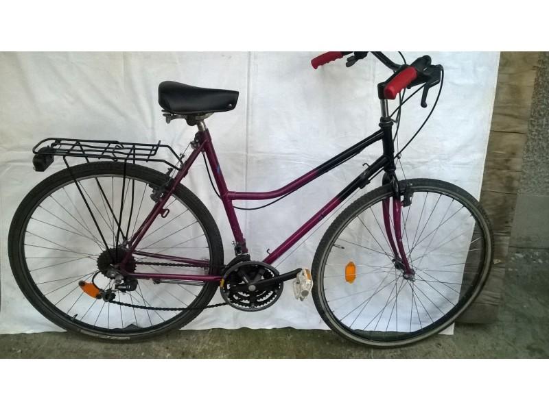 Bicikl gradski Pegasus,28 cola,21 brzina Shimano, velik