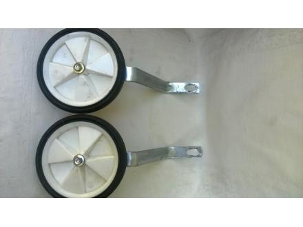 Bicikl pomocni tockovi za 16 cola, polovni, bez matica