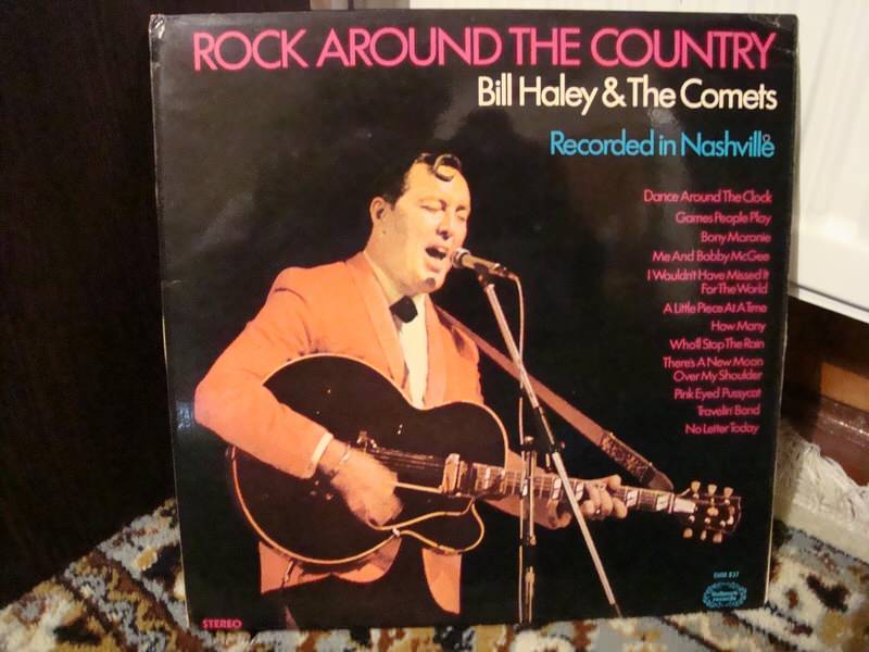 Bill Haley And His Comets - Rock Around The Country