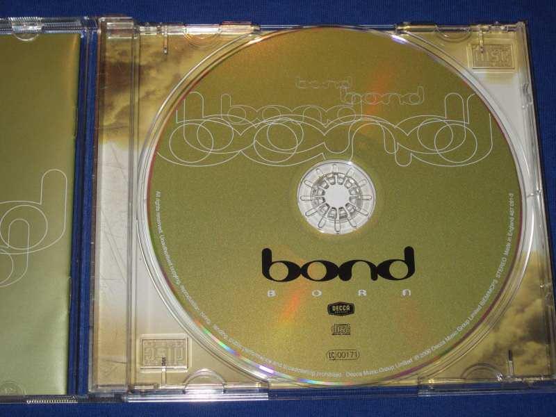 Bond (3) - Born
