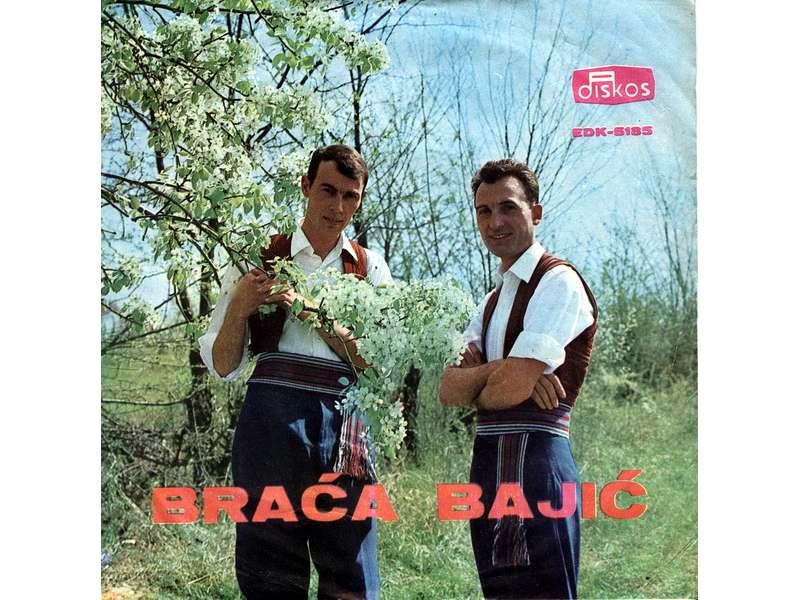 Braća Bajić - Idu Momci Sokakom