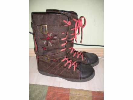 Braon cizme sa vezom