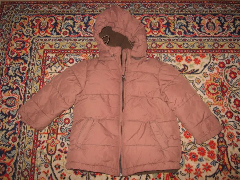 Braon jakna za devojcicu do 3god  ODLICNA JAKNA