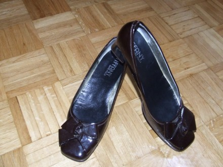 Braon lakovane cipele JOX br.39