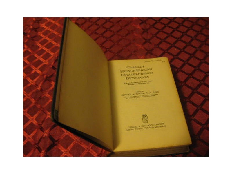 CASSELL`S FRENCH - ENGLISH  ENGLISH - FRENCH DICTIONARY
