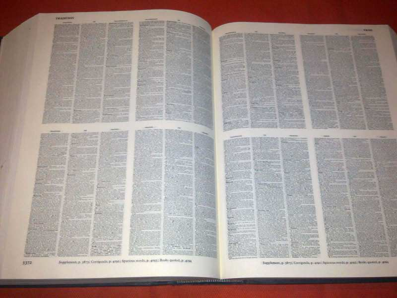 COMPACT EDIT. OF THE OXFORD ENGLISH DICTIONARY
