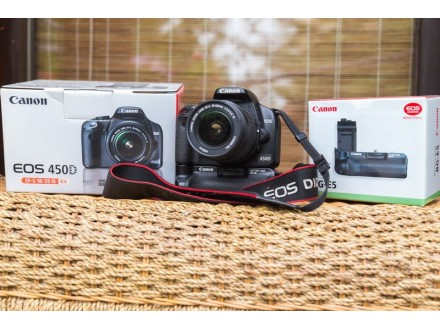 Canon EOS450D sa Kit 18-55 IS objektivom i battery grip
