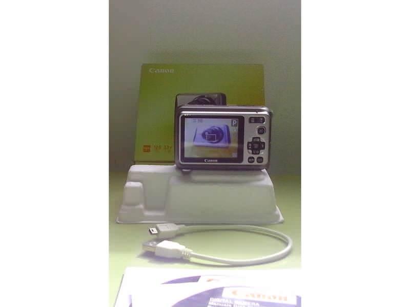 Canon PowerShot A 490   folija na displeju -  3,3 x opt