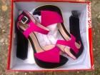 Ciklama-crne sandale na štikle