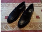 Cipele `Differente`