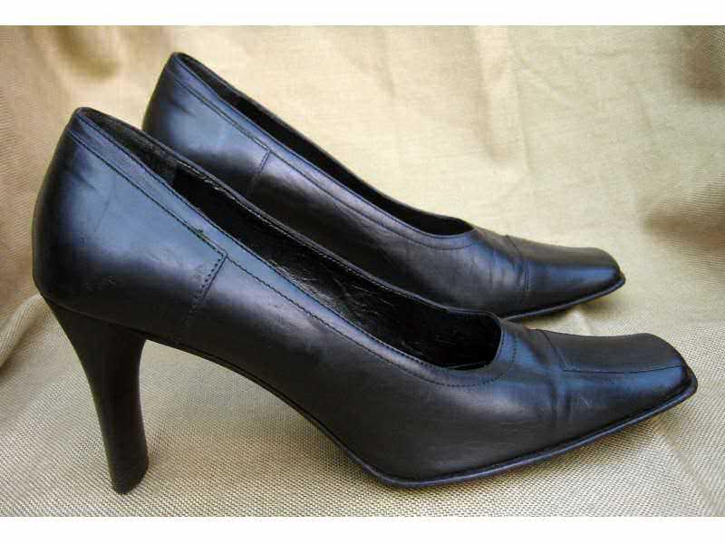 Cipele  kožne `PASQUALE SCARPATI` kao nove br.37-38