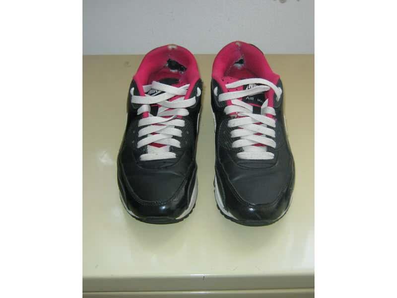 Čizme sandale patike