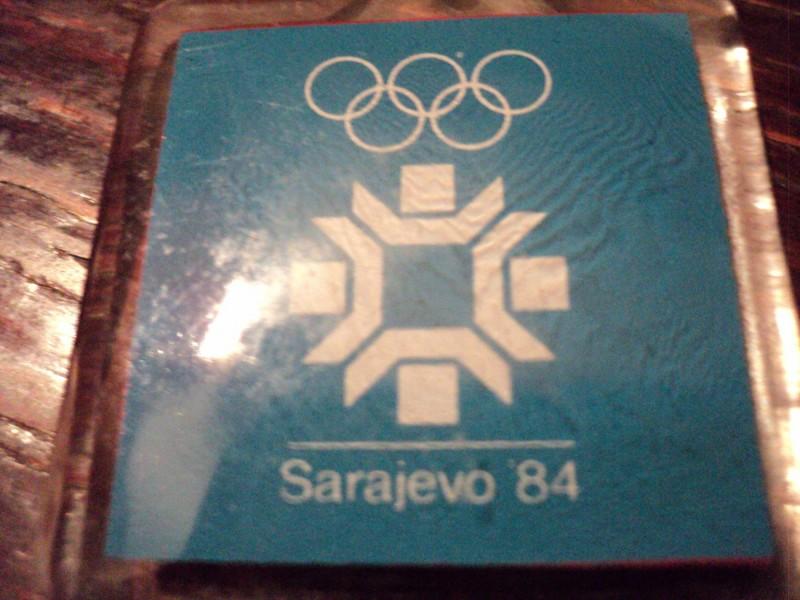 Coca-Cola vintage privezak za ključeve-Sarajevo 84
