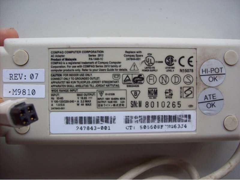 Compaq adapter 18,85 v max. 3,2 A max.
