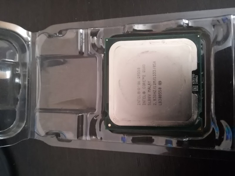 Core 2 Quad Q9550 2.83GHz 1333MHz 12MB   Quad-core, 64