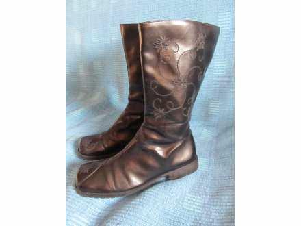 Crne kožne čizme (Laki Line)