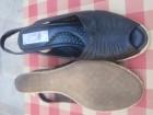 Crne kožne sandale s platformom