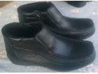 Crne poluduboke muške cipele ,,Safran`...broj 44
