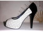 Crno krem sandale