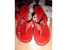 Crvene kozne papuce na platvormu
