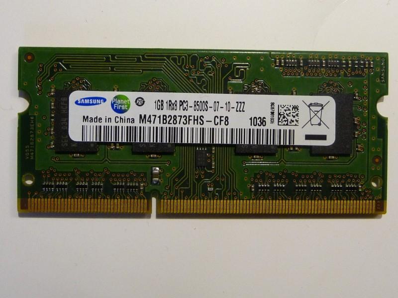 DDR3  1GB Samsung MEMORIJA za lap top