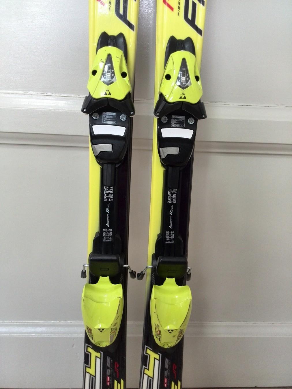 DeČije carving skije fischer rc race jr cm