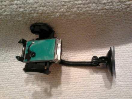 DRŽAČ ZA MP4, MOBILNI, PDA, PSP, GPS