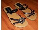 Dečija ženska papuča/sandala (FUBU) (Potpuno nove)