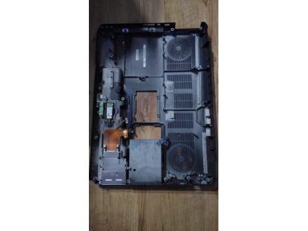 Dell XPS m1730 donji deo kucista - ostecen
