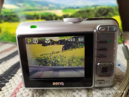 Digitalni foto aparat BENQ 5 mp 3x opt. zum