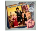 Dolly Parton, Linda Ronstadt, Emmylou Harris – Trio