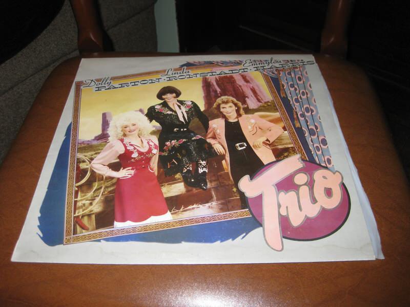 Dolly Parton, Linda Ronstadt, Emmylou Harris - Trio