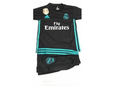 Dresovi Real Madrid GOSTTUJUCI 2017/18