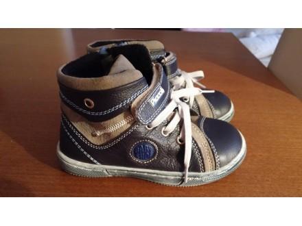 Duboke cipele Piccoli za proleće/jesen, kao nove
