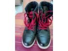Duboke ženske cipele br:38