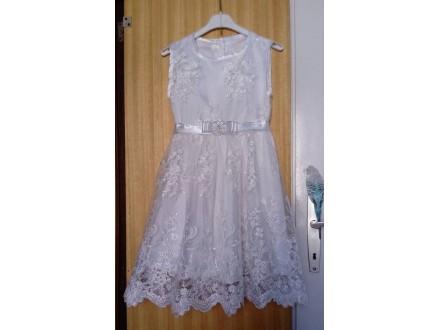 EKSTRA haljina,velicina 7,cipka na tilu