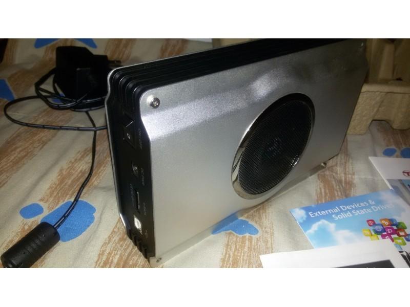 Eksterni hard Samsung 1000Gb+AluTranscend Hard disk rek
