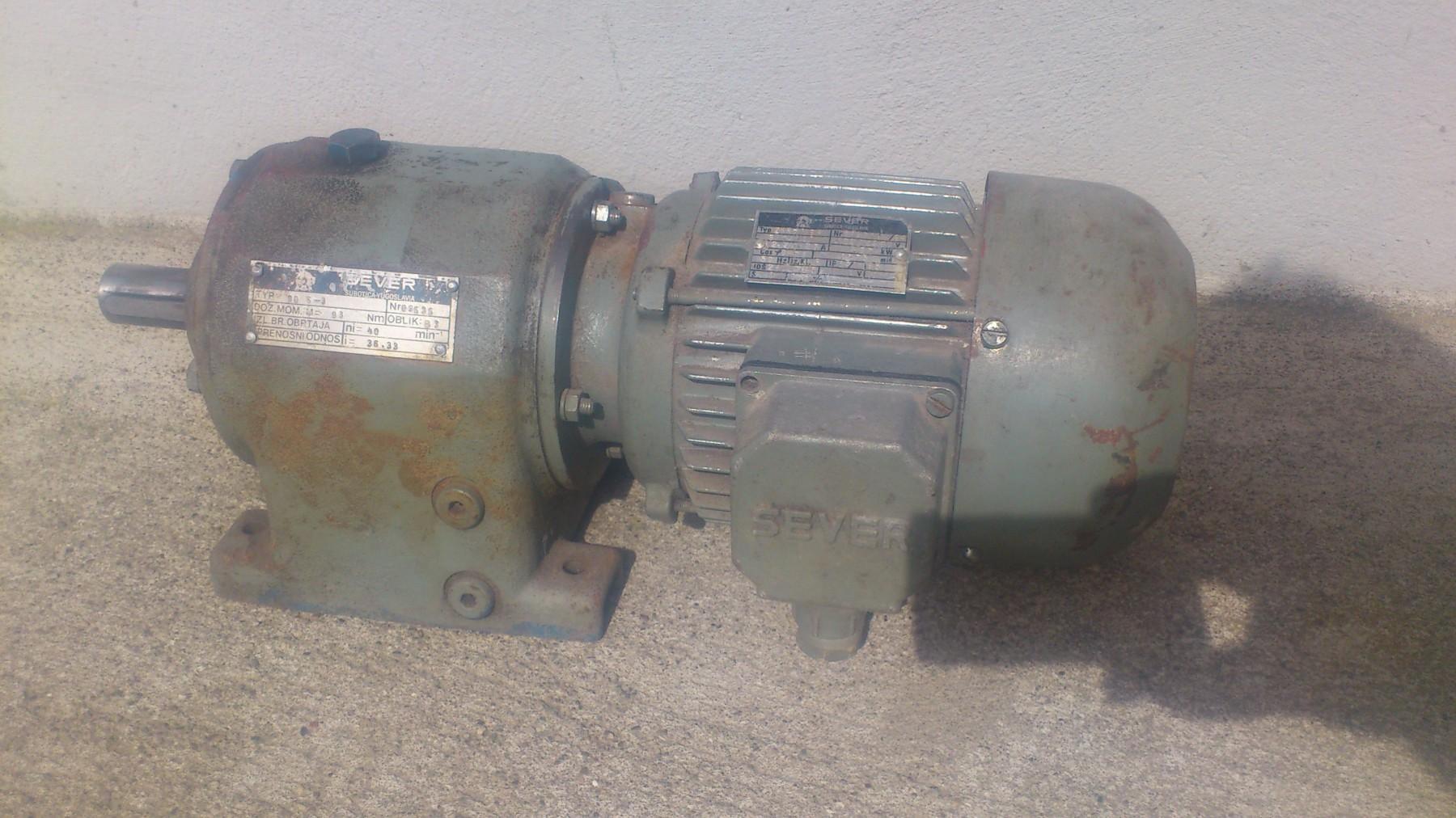Elektromotor reductor