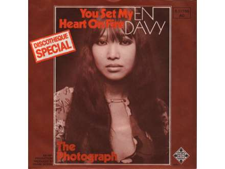 En Davy - You Set My Heart On Fire