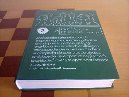 Enciklopedija sahovskih otvaranja, TOM A