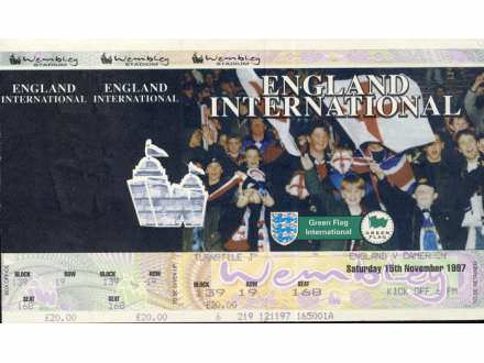 England - Cameroon   ,   1997.god.