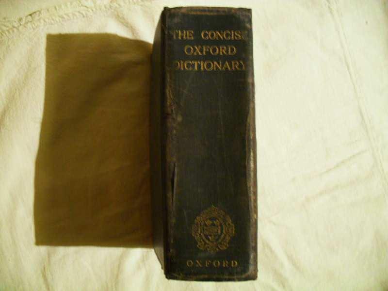 Englesko - engleski recnik iz 1929 godine