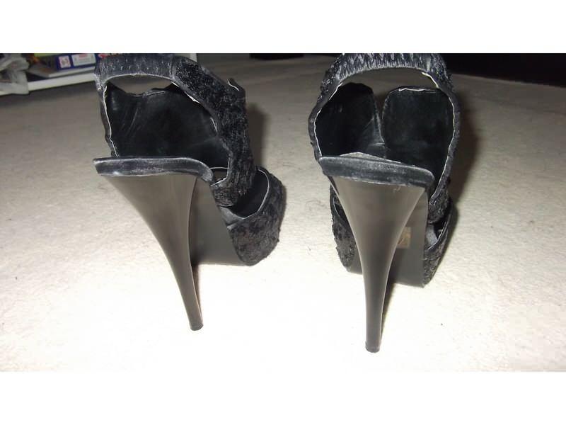 Extra sandale sa sljokicama!