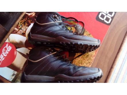 Farelli original duboke patike/cipele/čizme br. 41