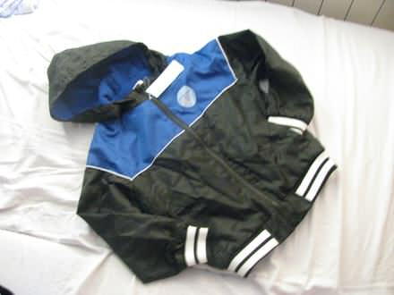 F&F nepromočiva jakna,7,8g,NOVO sa etiketom