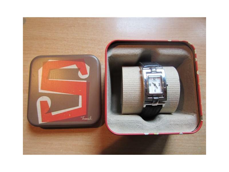 Fossil ES-2025 ženski ručni sat