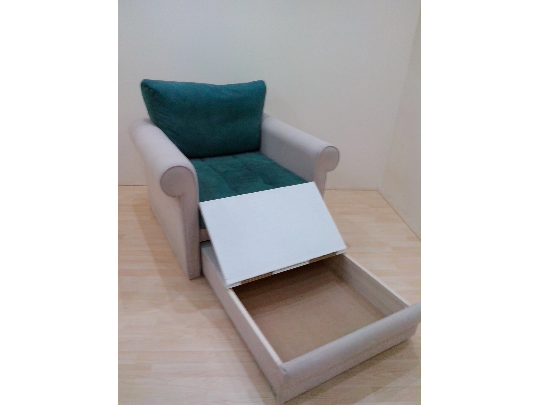 Fotelja Na Rasklapanje Kupindocom 22571995